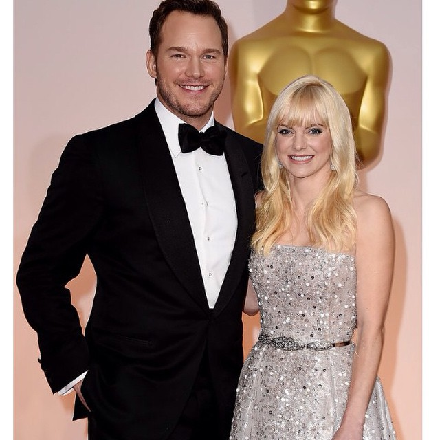 Who doesn't love this couple!! Chris Pratt & Anna Ferris are awesome and looking gorgeous on the Oscars Red Carpet ?❤️#oscars #redcarpet #annaferris #academyawards #chrispratt